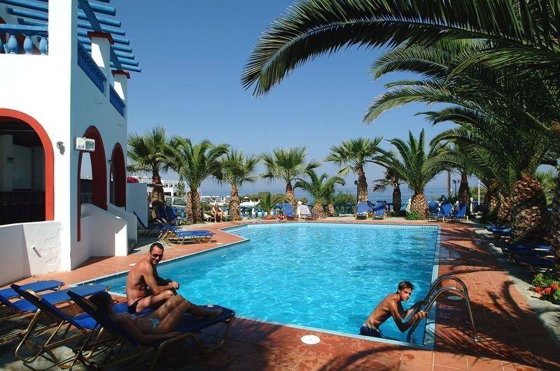 Palm Bay Hotel in Sisi, Kreta Pool