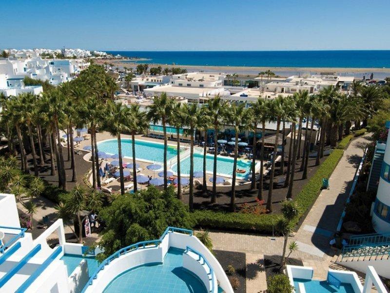 Aparthotel Costa Mar in Playa de los Pocillos, Lanzarote Pool