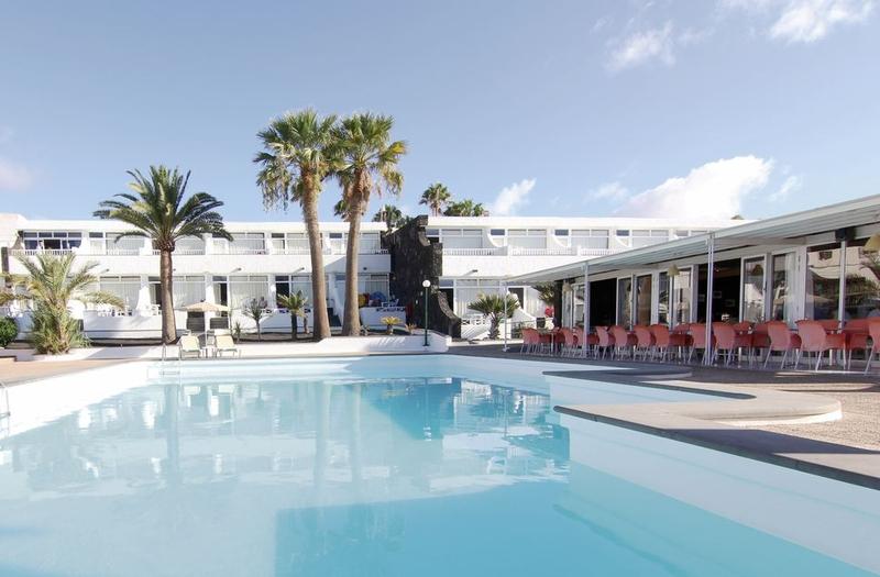 Arena Dorada Apartments in Puerto del Carmen, Lanzarote Pool