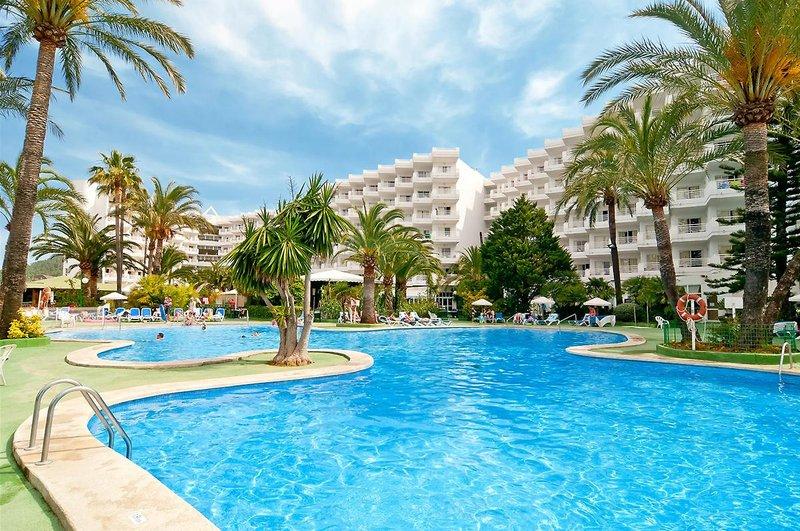 EIX Lagotel Hotel in Playa de Muro, Mallorca Außenaufnahme