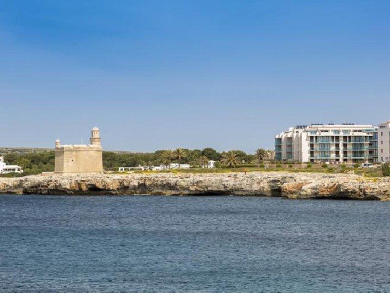 Ferrer Skyline Aparthotel in Ciutadella de Menorca, Menorca Außenaufnahme