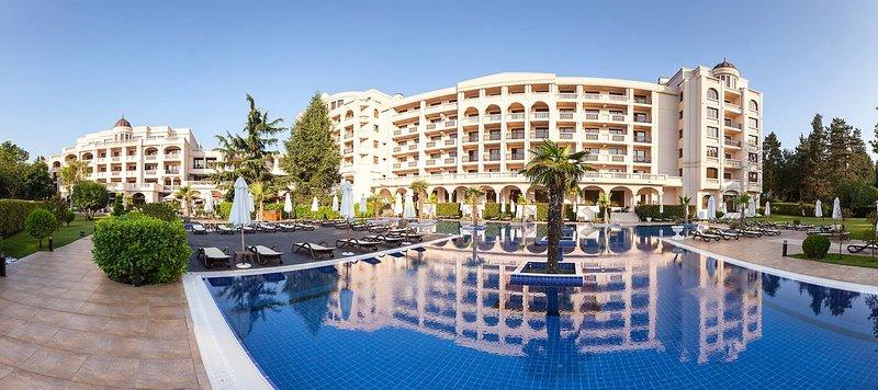 Grand Hotel & Spa Primoretz in Burgas, Riviera Süd (Sonnenstrand) Außenaufnahme