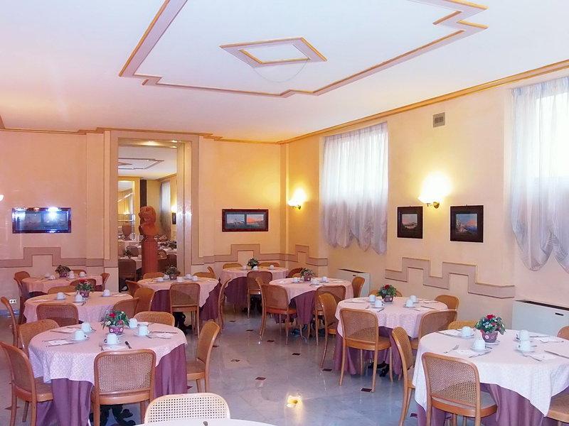 Nuovo Rebecchino in Neapel, Golf von Neapel Restaurant