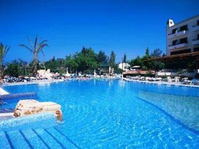 Paphos Gardens Holiday Resort in Paphos, Zypern Süd (griechischer Teil) Pool