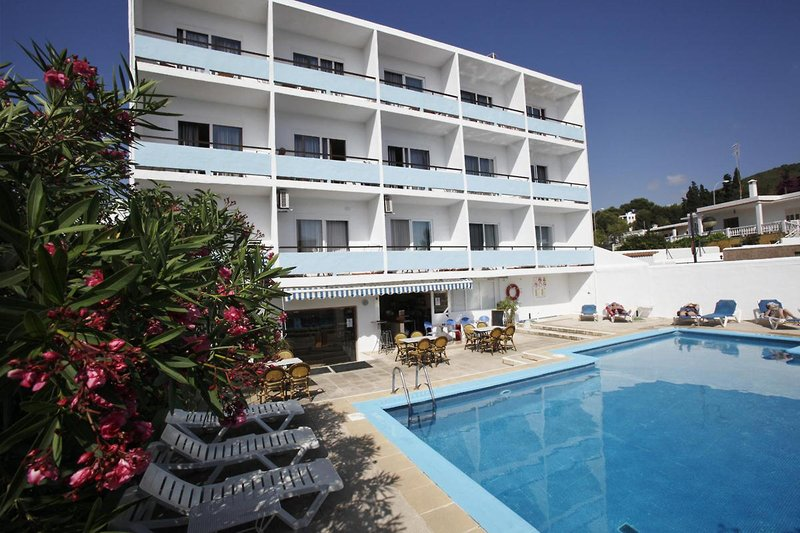 azuLine Hotel Mediterraneo in Santa Eulalia del Rio, Ibiza Außenaufnahme