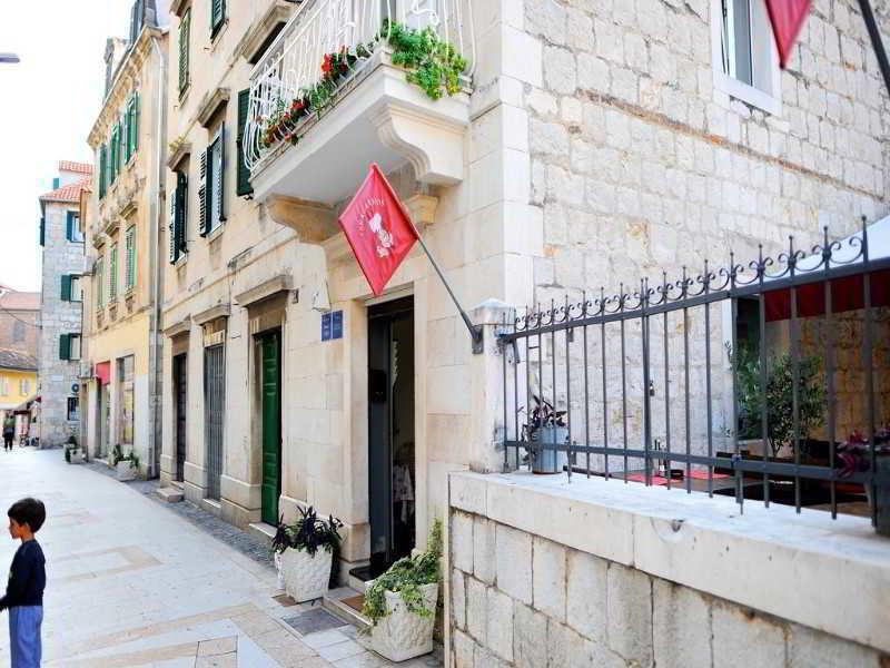 House Gold in Split, Kroatien - weitere Angebote Badezimmer