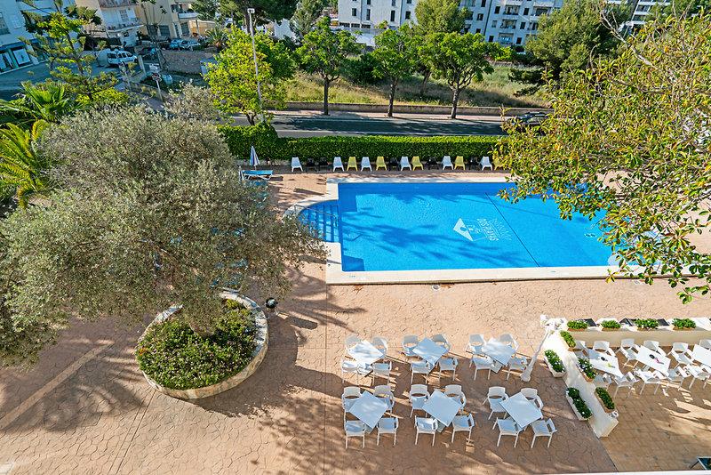 THB Dos Playas in Cala Ratjada, Mallorca Pool