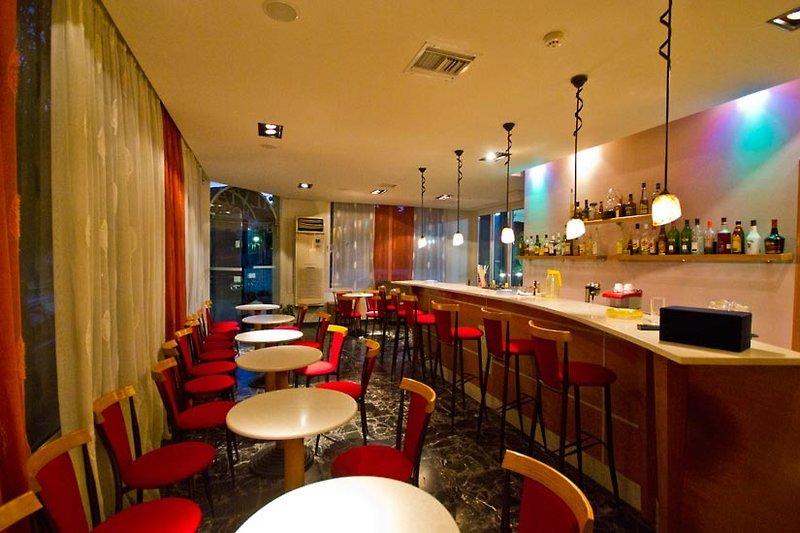 Sylvia in Rhodos-Stadt, Rhodos Bar