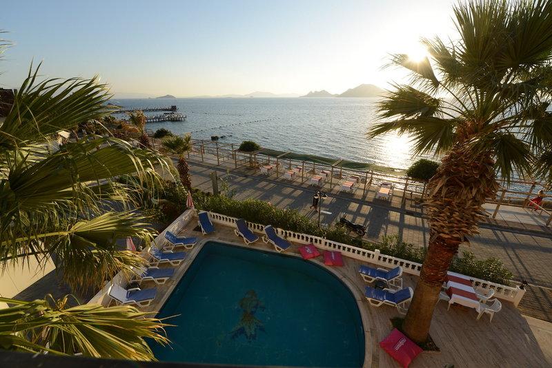 Tiana Moonlight Hotel in Turgutreis, Halbinsel Bodrum Pool