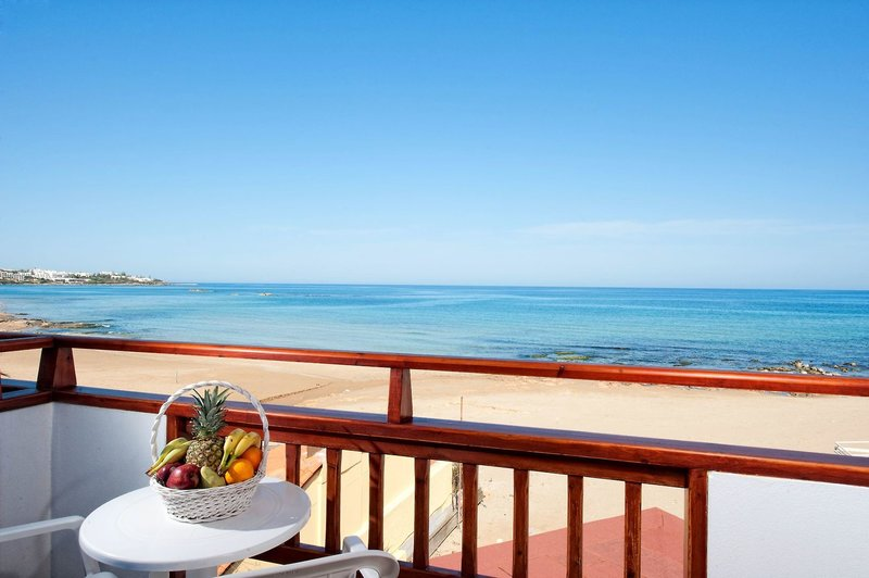 Vlachakis Beach Hotel in Stalida, Kreta Außenaufnahme