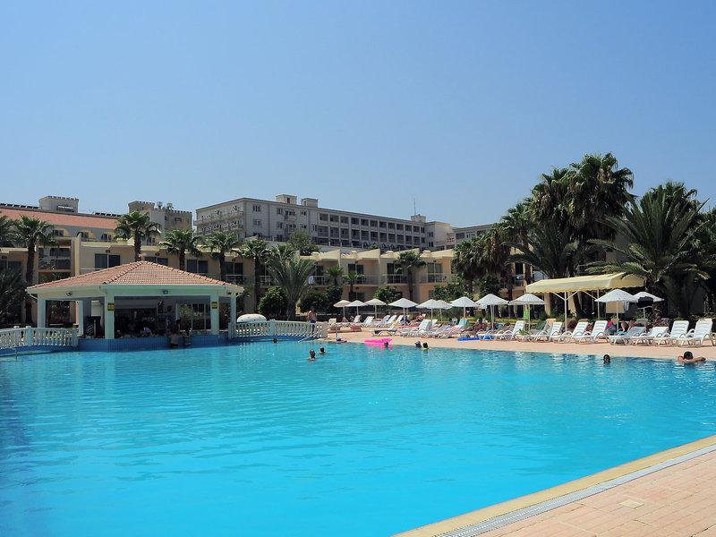 Oscar Resort Hotel in Girne, Zypern Nord (türkischer Teil) Pool