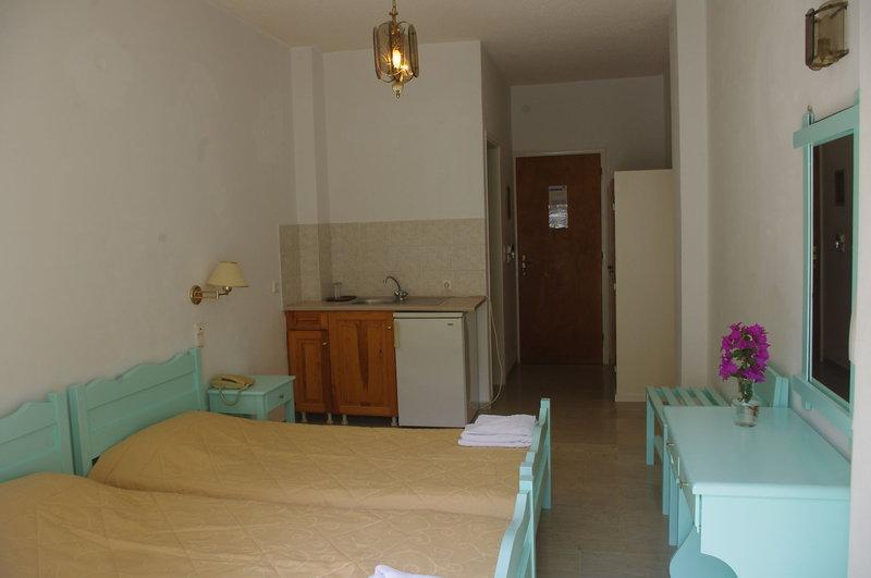 Kymata Hotel in Kamari, Santorin Wohnbeispiel