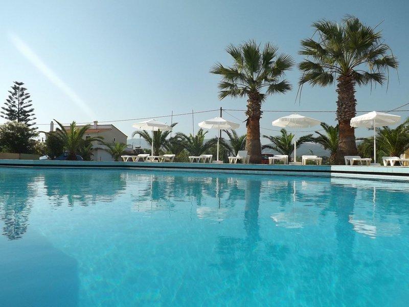 Leonidas Hotel & Studios in Insel Kos, Kos Pool