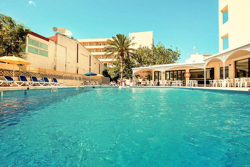 Hotel La Santa Maria Playa in Cala Millor, Mallorca Pool