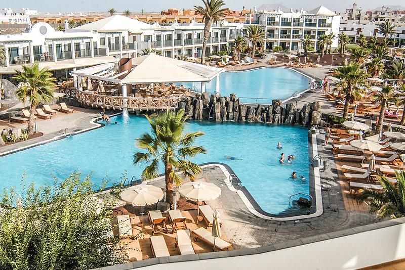 Hotel Las Marismas de Corralejo in Corralejo, Fuerteventura Pool