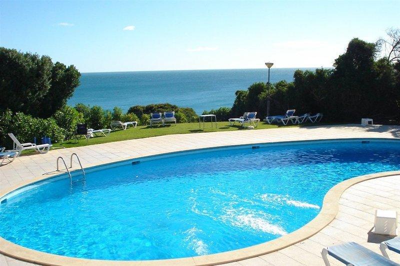Vila Senhora Da Rocha in Porches, Algarve Pool