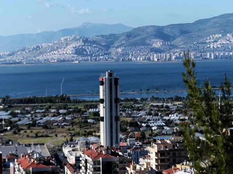 Ramada Encore Izmir in Izmir, Türkische Ägäis Landschaft