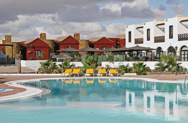 Fuerteventura Beach Club in Caleta de Fuste, Fuerteventura Pool