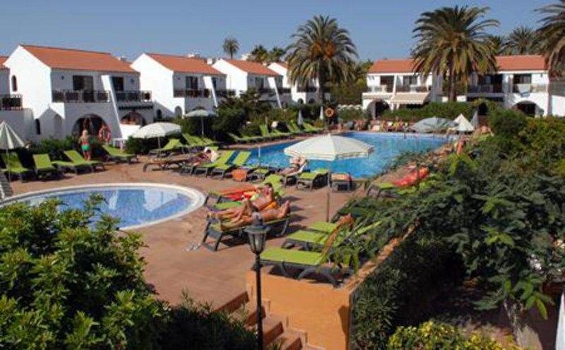Parquemar in Playa del Inglés, Gran Canaria Pool