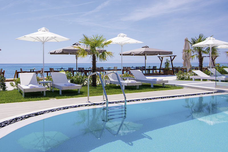 Aegean Infinity in Limenaria, Thassos Pool