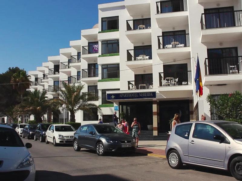 Aparthotel Nereida in Sant Antoni de Portmany, Ibiza Außenaufnahme